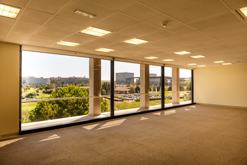 Alquiler oficinas norte de madrid alcobendas grupo for Oficinas envialia madrid